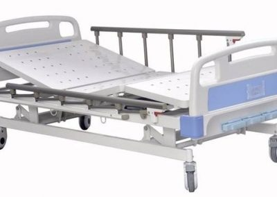 3_function_manual_bed-700x384
